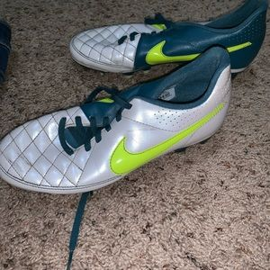 Nike Tempo Cleats
